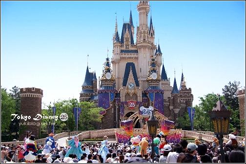 [08東京假期]*C54 Tokyo Disney 25週年慶迎賓秀(有影片) & 週邊佈置