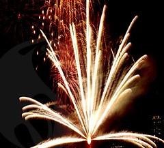 Fanned Finale (EpicFireworks) Tags: fireworks pyro 13g epic pyrotechnics epicfireworks