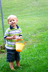 Can't stop now mom.. I have a bucket!