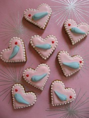 Lovey Dovey Gingerbread Cookies (Pinks & Needles (used to be Gigi & Big Red)) Tags: christmas blue cookies birdie baking holidays heart treats gingerbread tiny sweets bluebird 2008 decorated week50 royalicing bakingjournal