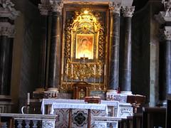 San Venancio, mrtir (abarrero2000) Tags: roma saint basilica holy martyr catacombs santo relics catacumbas reliquien arca heilige martire reliquias catacombe mrtir reliques altartumba battisterolateranense katakombenheilige katacombheiliger
