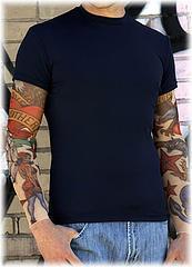 camiseta_mangas_tatuadas