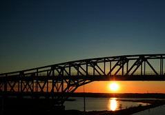 Sunset under the Bridge (S@ilor) Tags: ocean bridge sunset sea usa bay mar iron north atlantic delaware eastern chesapeake chesapeakebay mignon delawarebay bridge cdcanal iron canal seaborder chesapeakedelawarecanal mywinners sunsetunderthebridge cd silor sununderthebridge