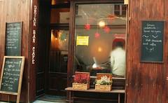 P1030614 (MyszEK.) Tags: window bar lumix cafe entrance poland polska krakow panasonic krakw kazimierz krakoff dmcfz50 myszek ewakulon