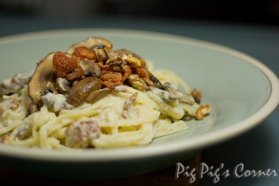 Cauliflower Linguine with Mushrooms and Crispy Bacon