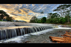 Alor Lempah (buyie - think and shoot !) Tags: camera cloud sunrise canon landscape awan dq hdr sigma1020mm kualakububharu kualakubu 40d huluselangor ampangpecah hdraward buyie dqkkb