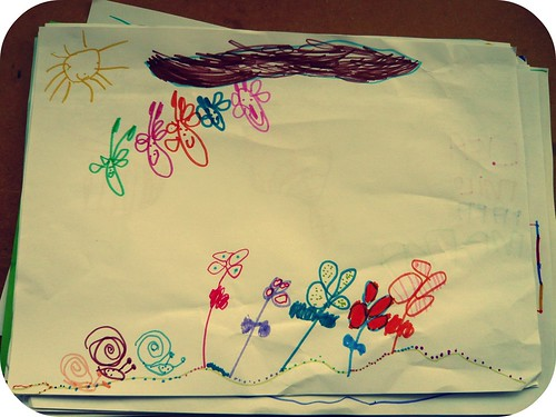 flores, mariposas, caracoles y cielo