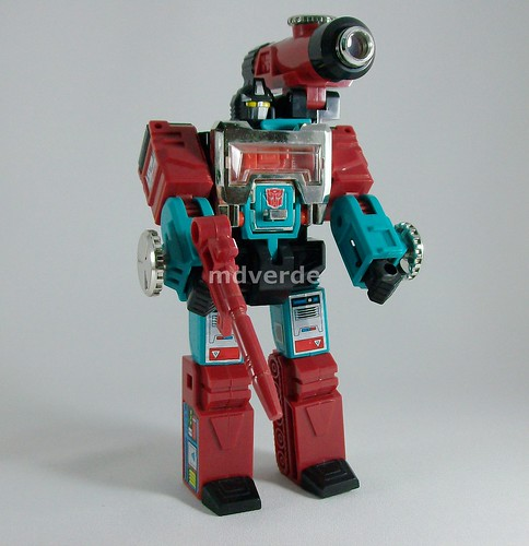 Transformers Perceptor G1 Takara Reissue - modo robot