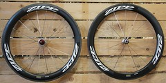 Zipp 404. (veloland_metz) Tags: red chorus force ace super route record 105 vtt ultegra dura shimano campagnolo thm veloce sram clavicula pdalier