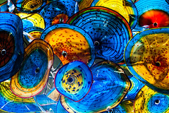 Disney Cruise Line - Wonder's Atrium Lobby Dale Chihuly Chandelier (Scott Sanders [ssanders79]) Tags: chihuly art glass dale blowing disney explore chandelier nouveau disneywonder dcl disneycruiseline explored deck3 lobbyatrium feelingscolour