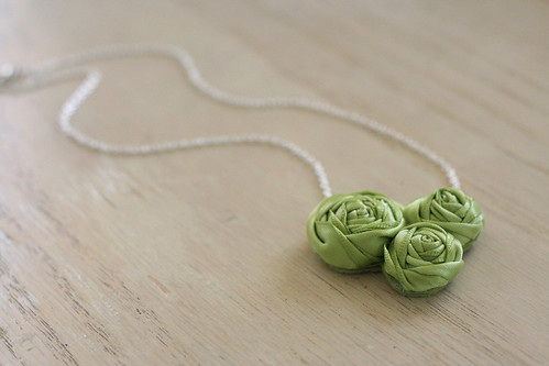 eisley necklace - greenery.
