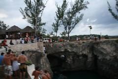 2008-03-22-jamaica-negril-jump-s2
