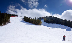 Ski slope (E01) Tags: trees sky people sun snow ski clouds lens geotagged skiing bulgaria flare slope skislope bansko img3551 1755mm canon40d