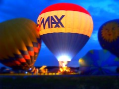 Balloon Dreaming! (p.csizmadia) Tags: ohio sky color night fire focus kodak wellington hotairballoon aglow balloonfest nightglow csizmadia kodakz812is z812is pcsizmadia amongstthethorns