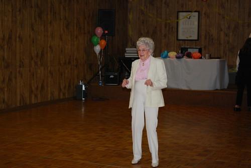 grandma_dancing_1