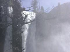 Yosemite NP (2) (Hlne_D) Tags: california park ca usa mountain montagne river landscape waterfall nationalpark rando merced hike rivire yosemite yosemitenationalpark np sierranevada paysage cascade parc yosemitevalley californie mercedriver vernalfalls randonne misttrail johnmuirtrail yosemitenp parcnational hlned