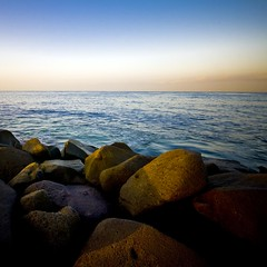 Morning Light (Khaled A.K) Tags: morning sea sky photography rocks squares sa jeddah saudiarabia khaled ksa sigma1020mm 10mm saudia sigma1020 kashkari