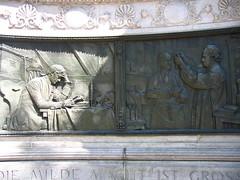 Hahneman Monument