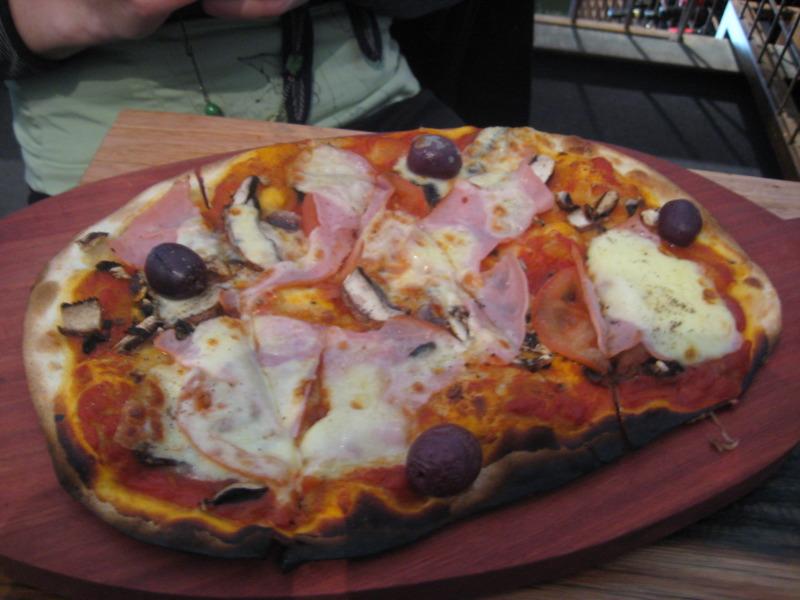 Portello Rosso pizza