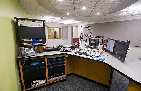 Buzz you hear is about WRCU\'s new high-tech home | Colgate ...