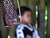 pau de chuva (ccarriconde) Tags: people brasil paraty parati cristinacarriconde indios menino indigenouspeople guarani paratii paratymirim guaranimbyá copyright©cristinacarricondeallrightsreserved ©cristinacarriconde paudechuva