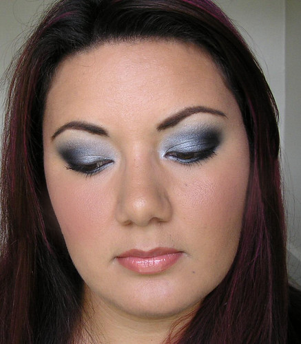 Silver, Grey & Black Smoky Eye
