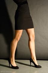 6325 - Lisa (Paolo Sparvieri - Fotografo e Artista 3D) Tags: portrait woman sexy girl studio donna legs paolo lisa sensual studiolight ritratto ragazza gambe lightroom modella sensuale canonef24105mmf4lisusm lucestudio paolosparvieri sparvieri wwwpaolosparviericom