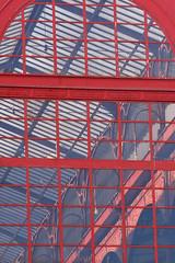 IMG_3156m (matteo_dudek) Tags: red abstract portugal lines metal architecture travels market mercado porto astratto rosso mercato viaggi architettura oporto portogallo linee metallo mercadoferreiraborges photofaceoffsilver ilustrarportugal pfosilver