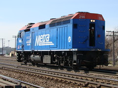 Backup (Chicago Rail Head) Tags: diesel metra bnsf 214 steamlocomotives backingup f40ph3 commuterengine metratotherescue