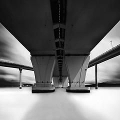 * b r i d g e  I I * (^soulfly) Tags: china longexposure mono daylight daytime macau efs1022mm friendshipbridge neutraldensity hoyafilter ndx400 canon40d bridgestudy