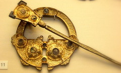 The great 'Londesbrough' brooch 8c