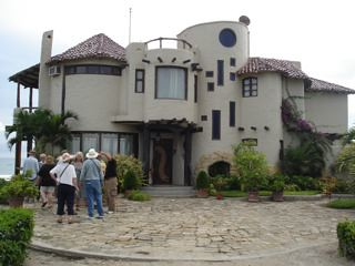 Ecuador-coastal-manor