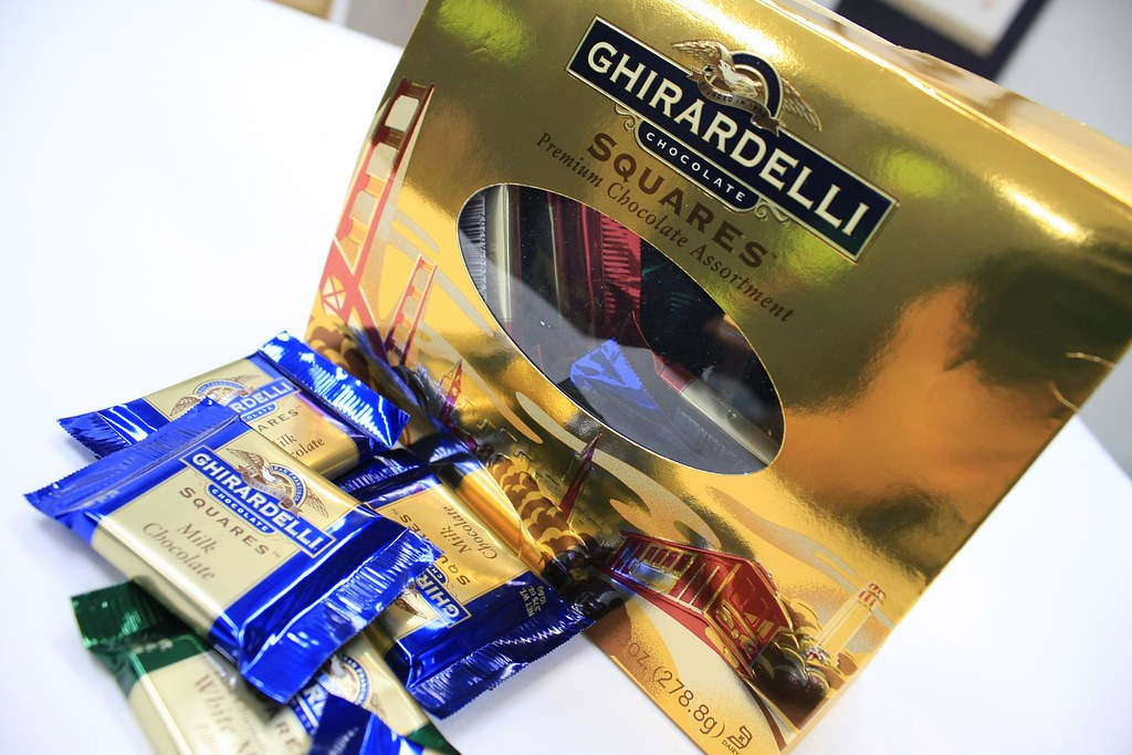 Ghirardelli Squares by iandeth, on Flickr