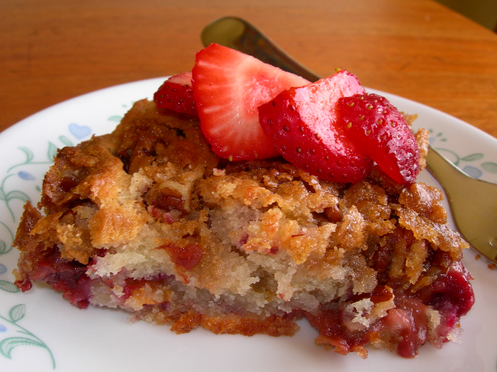 Ginger Strawberry Raspberry Coffee Cake