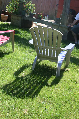 2620499080 9038cacb54 Tutorial: Adirondack Chair Redux