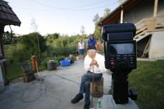 _MG_7647 (Alex.Martoiu) Tags: photojournalism oldpeople strobe circularpolarizer canonefs1022mmf3545usm canon30d canon580ex cactusv2s