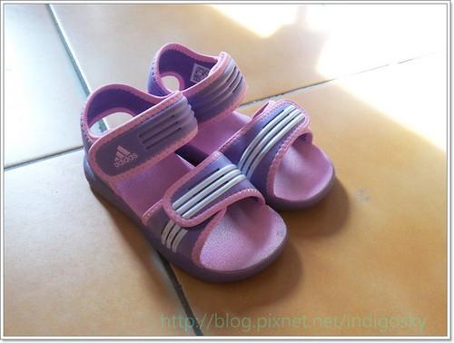 addisas涼鞋2