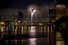 (Brooke Pennington) Tags: boats fireworks michigan grandrapids 4thofjuly grandriver 2008 varnum amwaygrandplaza nikonstunninggallery grpickoftheday leonardstreetbridge imadebiggeroneswheniwasakid