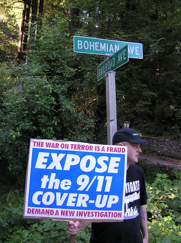 9/11 Truth outside Bohemian Grove 2008