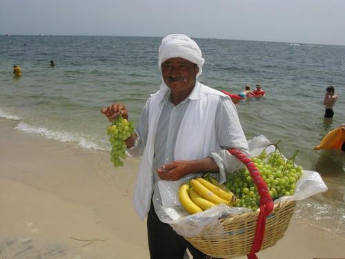 Vendeur tunisien à la playe