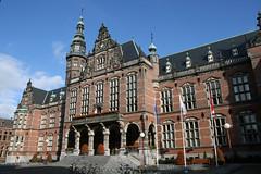 Groningen (Bert Kaufmann) Tags: city holland netherlands university nederland groningen paysbas academiegebouw universiteit stad niederlande academie broerstraat