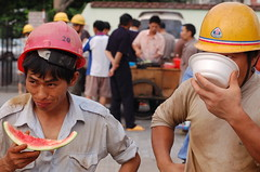 Lunch Break (fran&ois) Tags: lunch workers break shanghai helmet bowl constructionworkers watermelon xigua