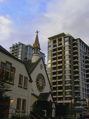 VicDowntownChurchofourlord27July08(6) (gordhandford) Tags: downtown britishcolumbia victoria 2008 churchofourlord