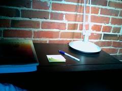 gtd post it 1 bedside table
