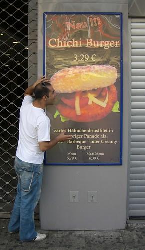 La Chichi Burger!!