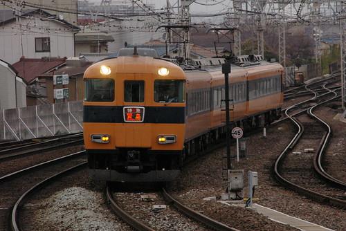 Kintetsu12410series in Yamato-Yagi,Kashihara,Nara,Japan 2008/12/13