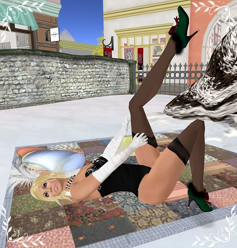 dollz town hunt - mika 2