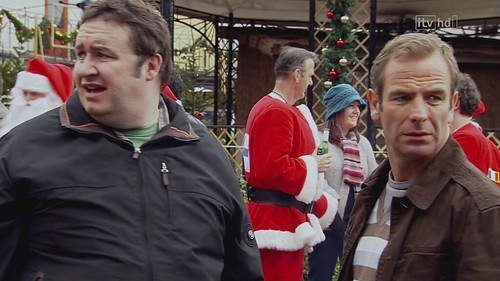 Clash of the Santas (21st December 2008) [HD 720p (x264)] preview 1