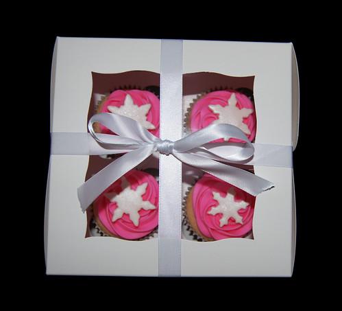 boxed pink snowflake cupcakes