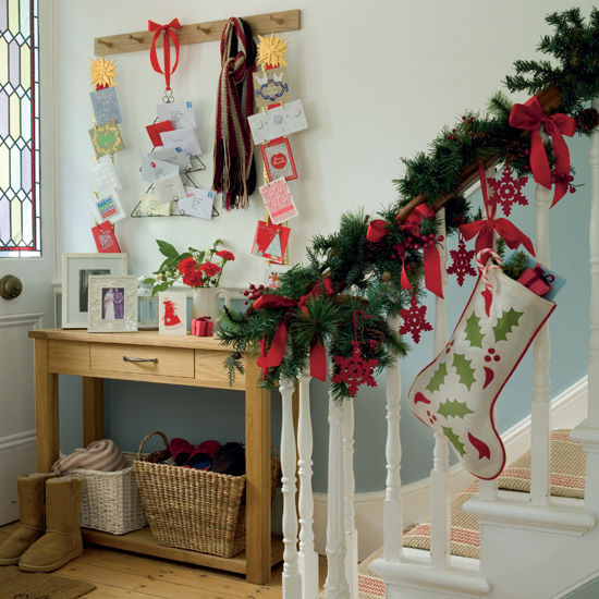 christmas_hallway